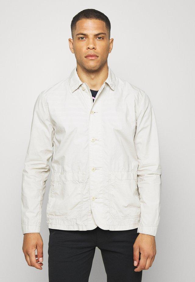 CHORE JACKET - Summer jacket - fresh praline