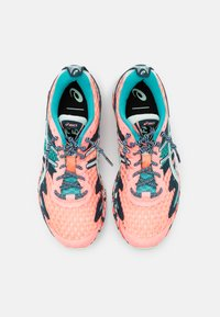 ASICS - GEL-NOOSA TRI 12 - Competition running shoes - sun coral/bio mint - 3