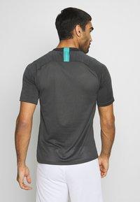 Nike Performance - FC BARCELONA - Klubové oblečení - smoke grey/dark grey - 2