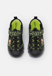 Skechers - DAMAGER III  - Sandales - black/lime - 3