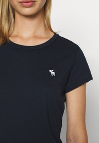 Abercrombie & Fitch - CREW 3 PACK - T-shirt basic - black/white/navy - 6