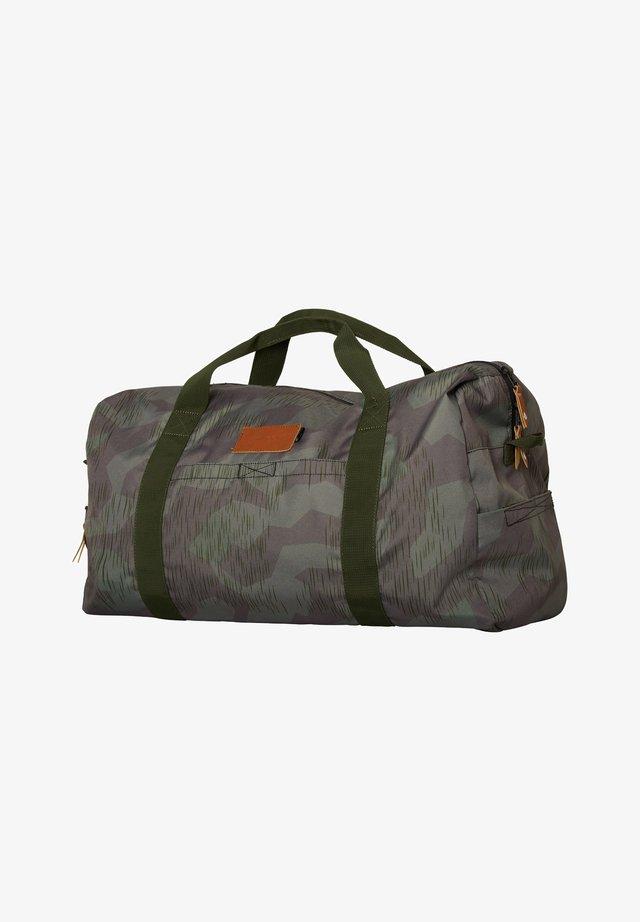 ROADTRIP DUFFLE - Borsa da viaggio - camouflage