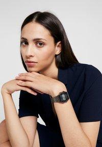 Casio - Digitální hodinky - gunmetal - 1