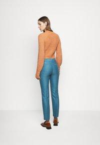 Victoria Victoria Beckham - CIGARETTE TROUSER - Kalhoty - storm blue - 2