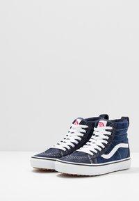 Vans - SK8 MTE - Höga sneakers - navy/true white - 2