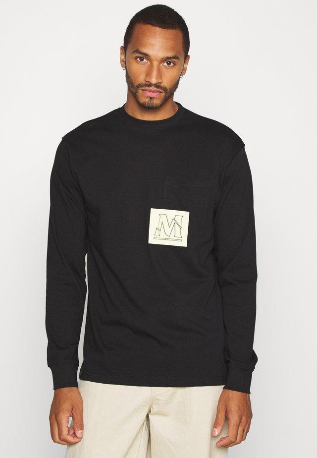 OVERLAP POCKET  - Camiseta de manga larga - black