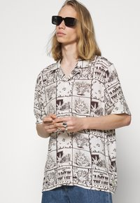 HUF - DAY IN THE LIFE - Shirt - natural - 3