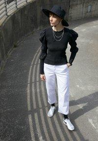 Nike Sportswear - BLAZER '77 - Trainers - white/black - 0