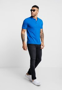 Only & Sons - ONSSCOTT - Polo shirt - baleine blue - 1