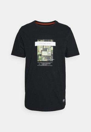 GABRIEL TEE - Print T-shirt - black