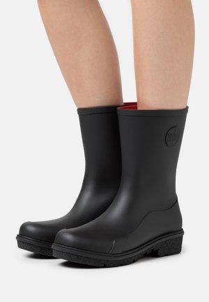WONDERWELLY - Stivali di gomma - all black