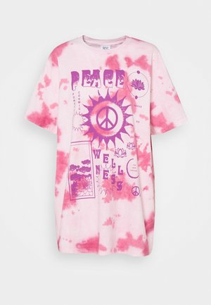 PEACE WELLNESS DAD TEE - T-shirts med print - pink