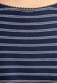 Vive Maria - Print T-shirt - blau allover - 5