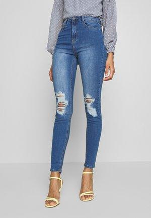 SINNER DISTRESS KNEE HIGH WAIST - Jeans Skinny Fit - light blue