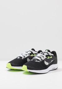 Nike Performance - DOWNSHIFTER  - Zapatillas de running estables - black/white/particle grey/dark smoke grey/ghost green/sapphire - 2