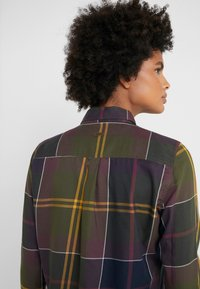Barbour - MOORLAND - Button-down blouse - olive - 3