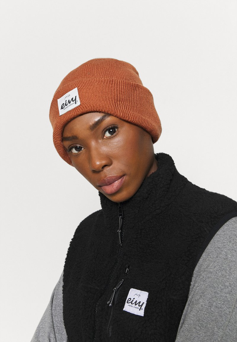 Eivy - WATCHER BEANIE - Beanie - brown