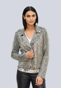 Alba Moda - Faux leather jacket - grau - 0