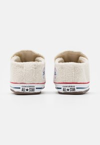 Converse - CHUCK TAYLOR ALL STAR CRIBSTER UNISEX - Chaussons pour bébé - natural ivory/white - 2