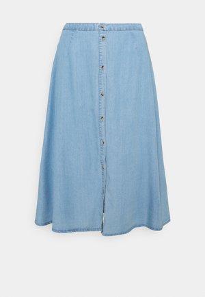 VMVIVIANA CALF SKIRT - Jupe en jean - light blue denim