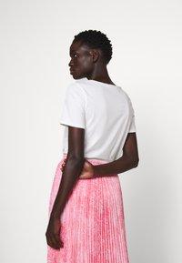 MICHAEL Michael Kors - PLEATED SKIRT - A-snit nederdel/ A-formede nederdele - geranium - 4