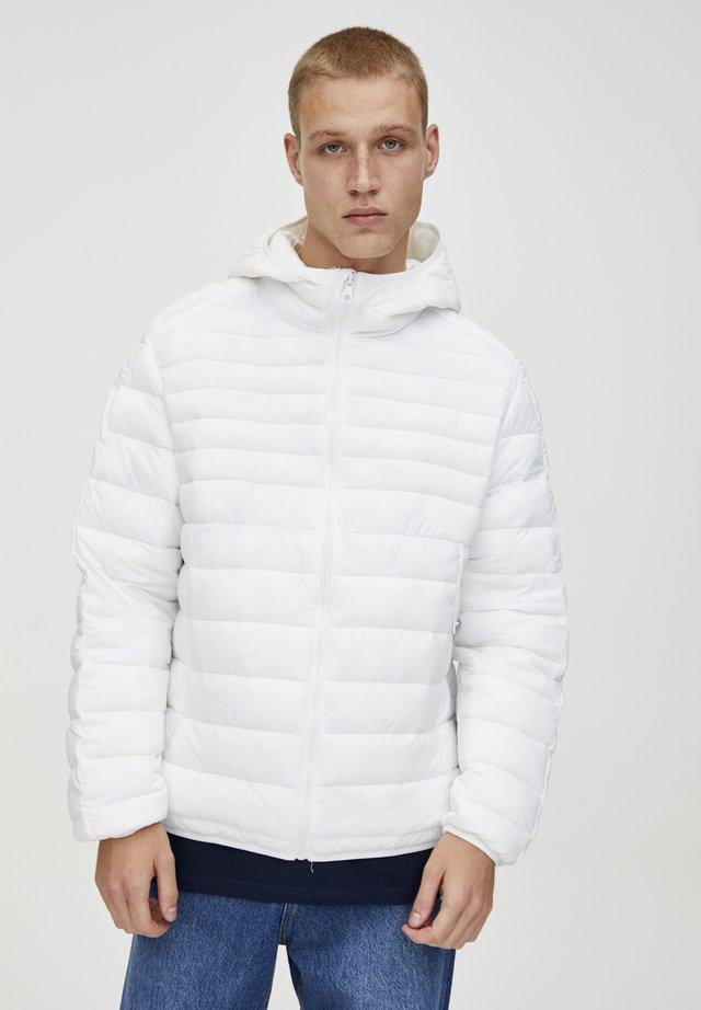 Talvitakki - white