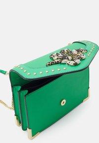 ALDO - BAYVIA - Across body bag - kelly green - 2