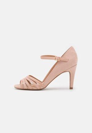Sandały - light pink