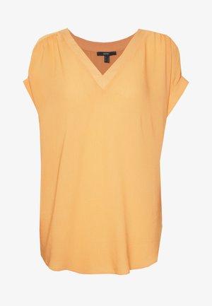 V NECK  - Bluser - orange