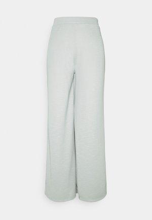 ONLLAYLA WIDE PANTS  - Trousers - light grey melange