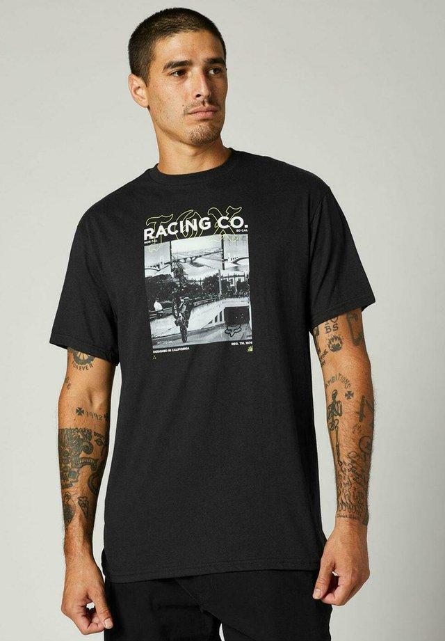 DECRYPTED - Camiseta estampada - black