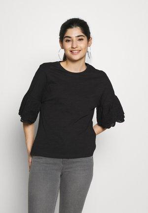ONLCELINA LIFE - Print T-shirt - black