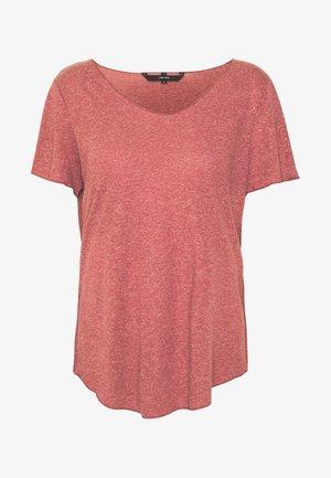 VMHANNELUA BOX  - T-shirts - sable