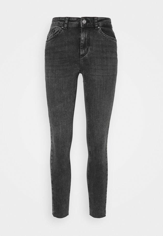 PCDELLY RAW - Skinny džíny - dark grey denim