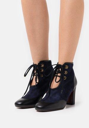 WAMAL - Boots à talons - dark blue