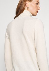 Benetton - TURTLE NECK - Maglione - offwhite - 6