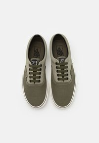 Vans - ERA UNISEX - Trainers - vetiver/grape leaf - 3