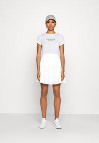 Calvin Klein - 2 PACK - Triko spotiskem - white/mid grey heather - 1