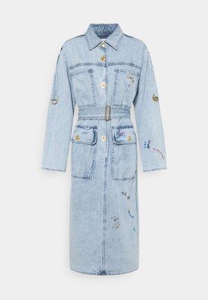 DRESS - Denimové šaty - vintage stone wash