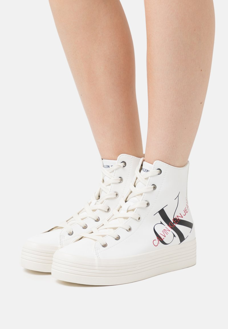 Calvin Klein Jeans - ZOREDA - High-top trainers - white
