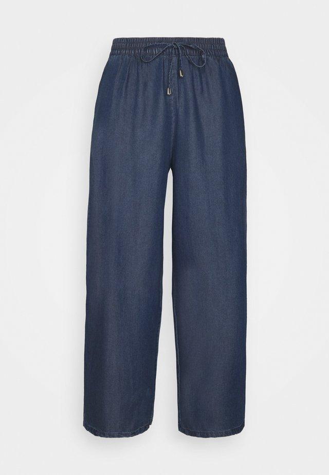 ONLPOPPY CULOTTE - Pantalones - dark blue denim