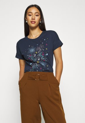 ALANIS - T-shirt z nadrukiem - dark ocean