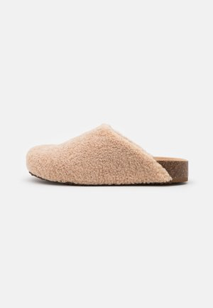 VESA - Domácí obuv - natural