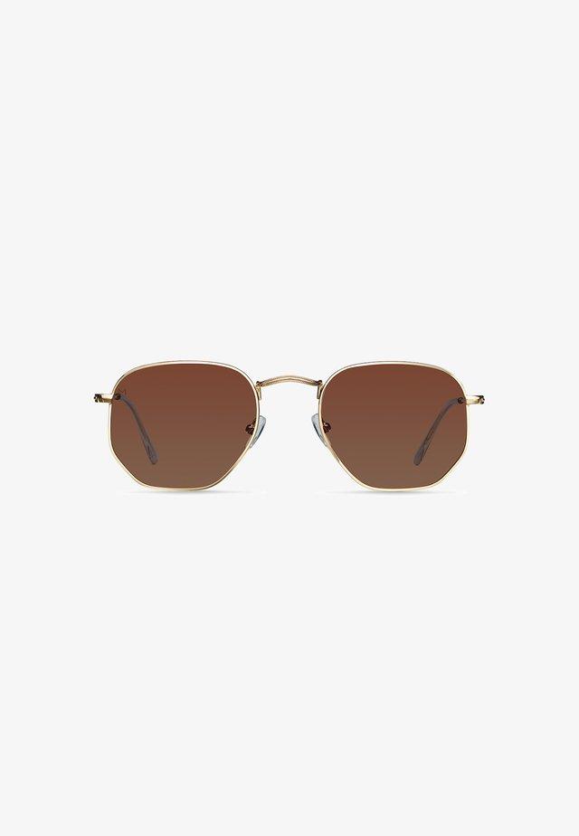 EYASI - Sunglasses - gold kakao