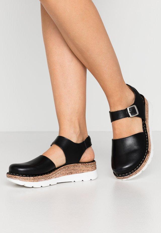 MAYA - Sandales à plateforme - black