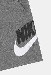 Nike Sportswear - PLUS CLUB - Tracksuit bottoms - carbon heather/smoke grey - 2