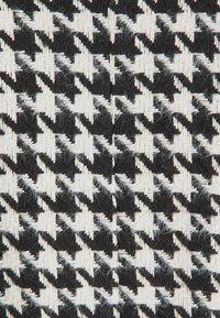 YAS - YASHILMA  - Manteau classique - black/white - 2