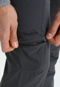 Haglöfs - LITE ZIP OFF PANT MEN - Friluftsbyxor - magnetite - 6