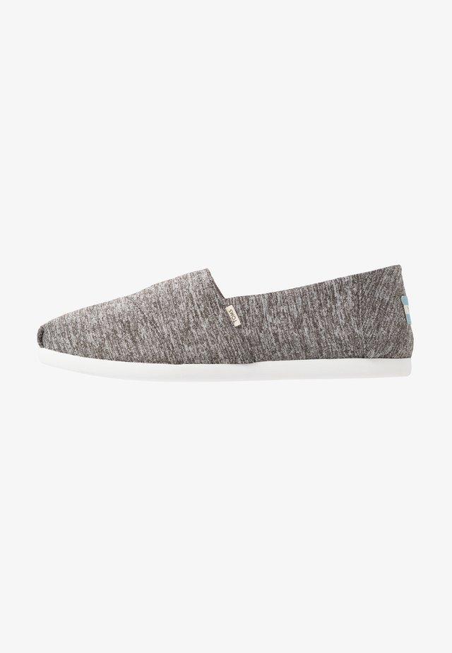 ALPARGATA REPREVE - Scarpe senza lacci - black