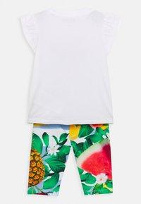 Guess - SET  - Print T-shirt - true white - 1